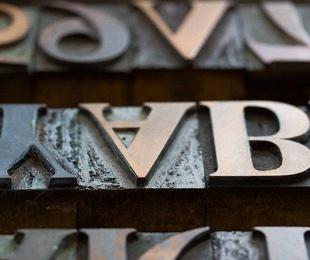 Importancia de la tipografía y el color en el diseño de carteles