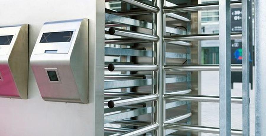 Las puertas automáticas en la ciencia ficción