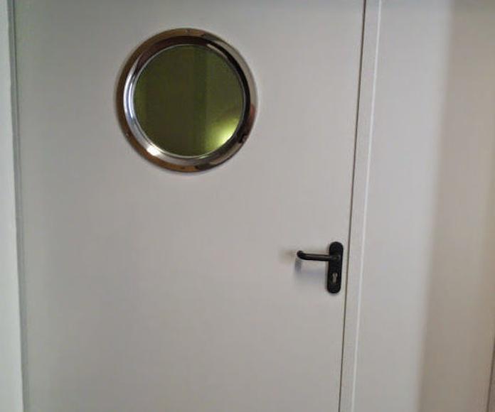 Puerta batiente y fijo cortafuegos