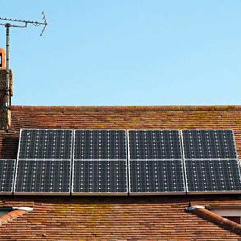 Placas solares: Servicios de Saneamientos Calahorra