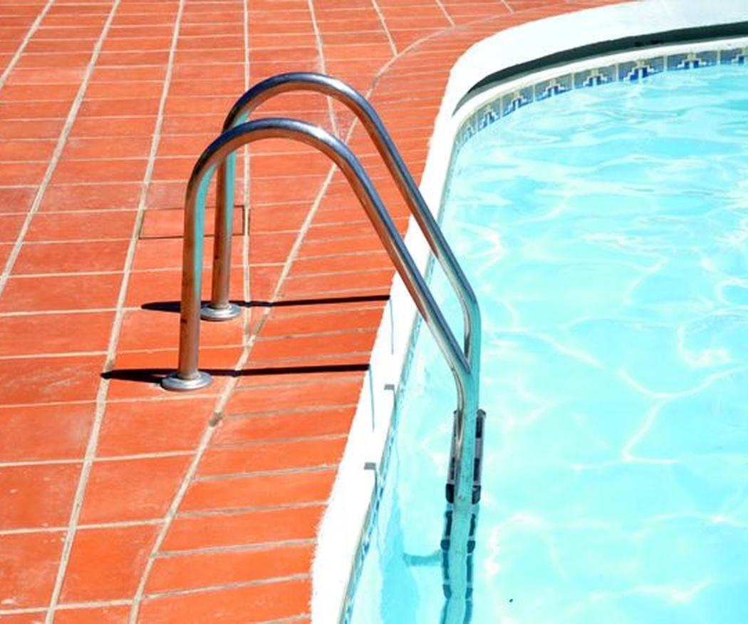 Consejos para controlar cloro y ph en las piscinas