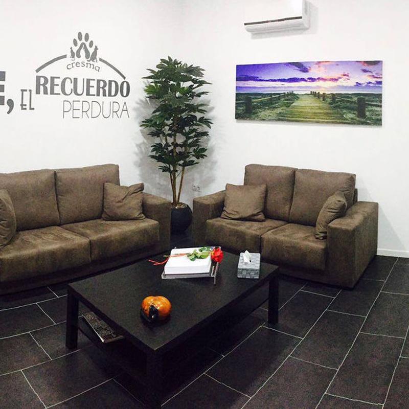 Sala velatorio climatizada íntima y acogedora: Productos e instalaciones de Cresma