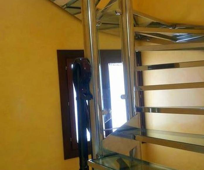 Escaleras: Nuestros trabajos de Icminox