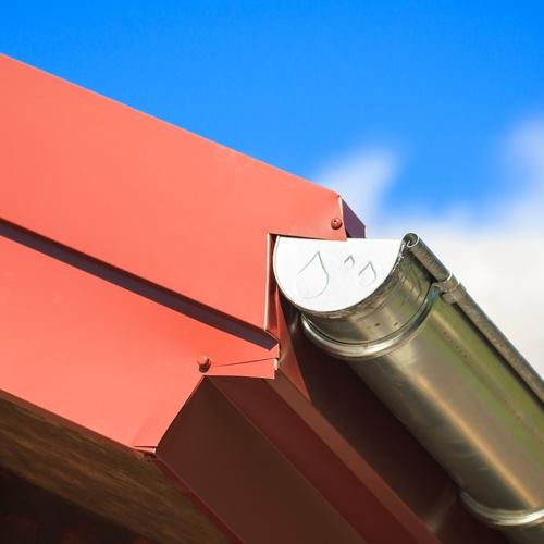 Instalación y reparación de canalones de aluminio en Valladolid