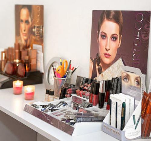 productos cosméticos faciales y corporales