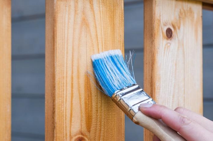 Tratamiento de madera para exterior: Servicios de Taller De Barnizar Teruel Bautista