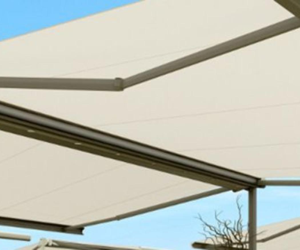 Toldos para balcones versátiles y duraderos
