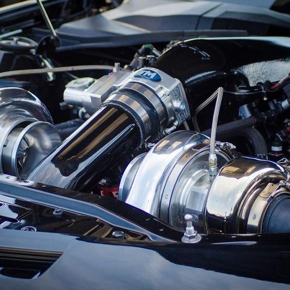 Limpieza de motor: Catálogo de Car Wash Alcorcón