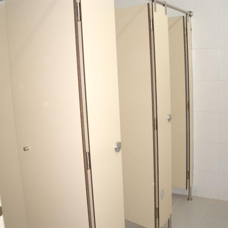 Cabinas fenólicas modelo INOX.  (Zonas Húmedas): Productos de Imfasa Cabinas Sanitarias