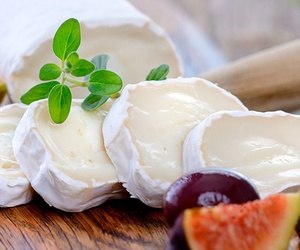 Rulo natural de queso de cabra precortado