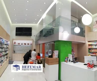 Reforma de farmacia en Santander