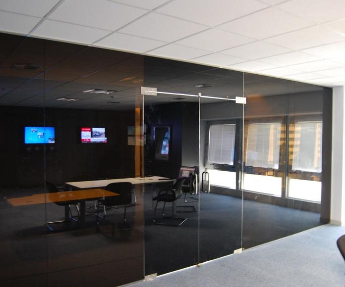 Mampara de oficina Madrid fabricada por CRISTALERA MADRILEÑA