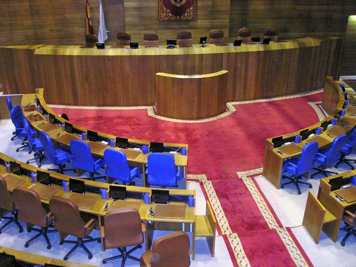 tapizado de sillas: Productos y servicios de Marina y Javier - Tapicería y Cortinas Vigo