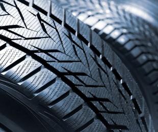 El dibujo de los neumáticos de tu coche
