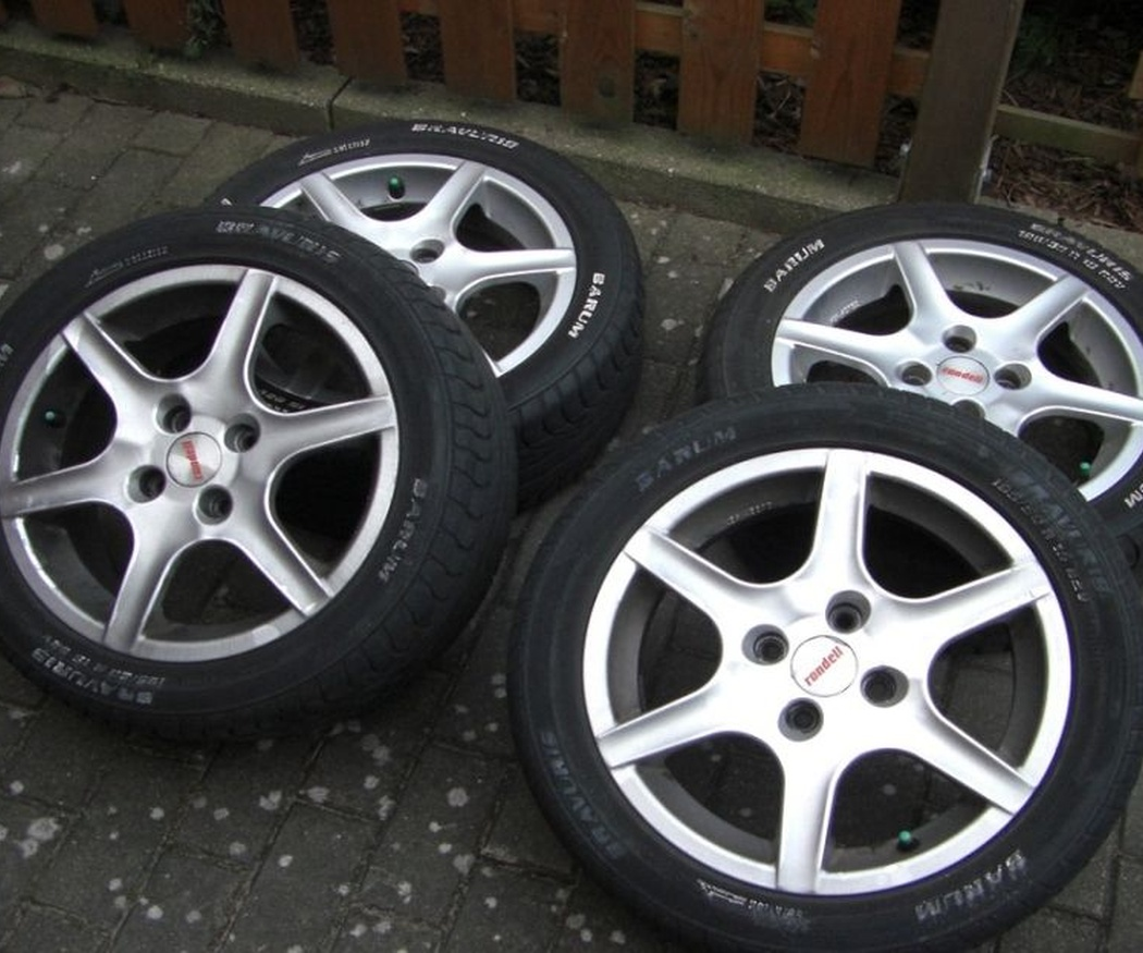 Los diferentes tipos de neumáticos