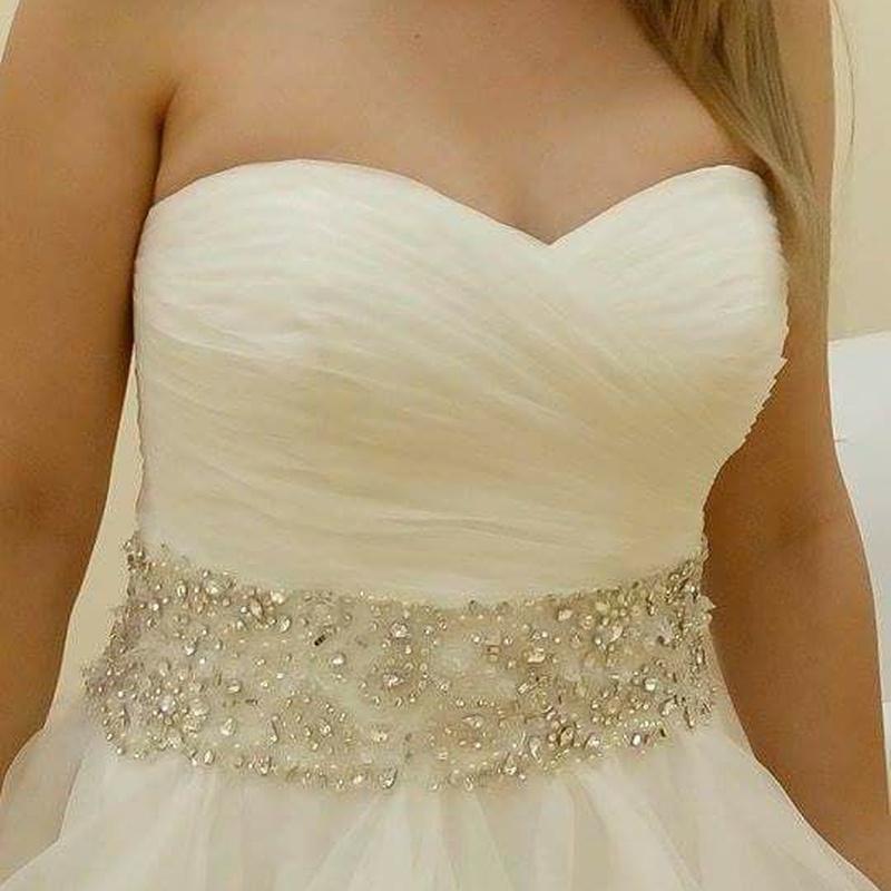 Arreglos de vestidos de novia: Servicios de Atelier de Costura Miley