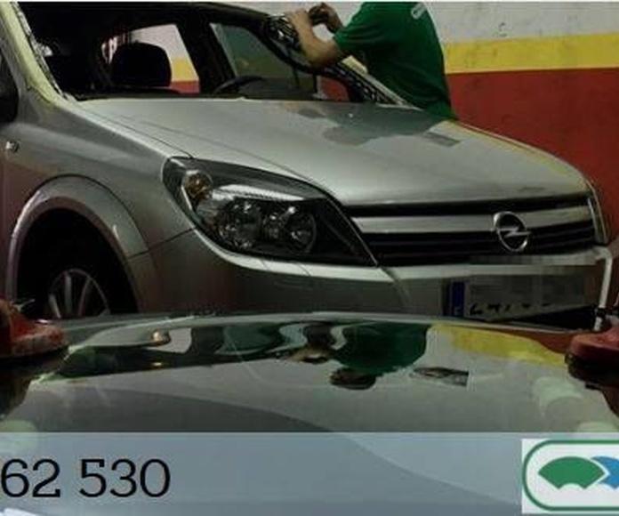 Cristalería del automóvil: Servicios  de Fineglass en A Coruña