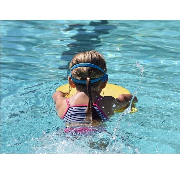 Piscina colegio Natación Delfín: Servicios de Escuela Infantil Osobuco