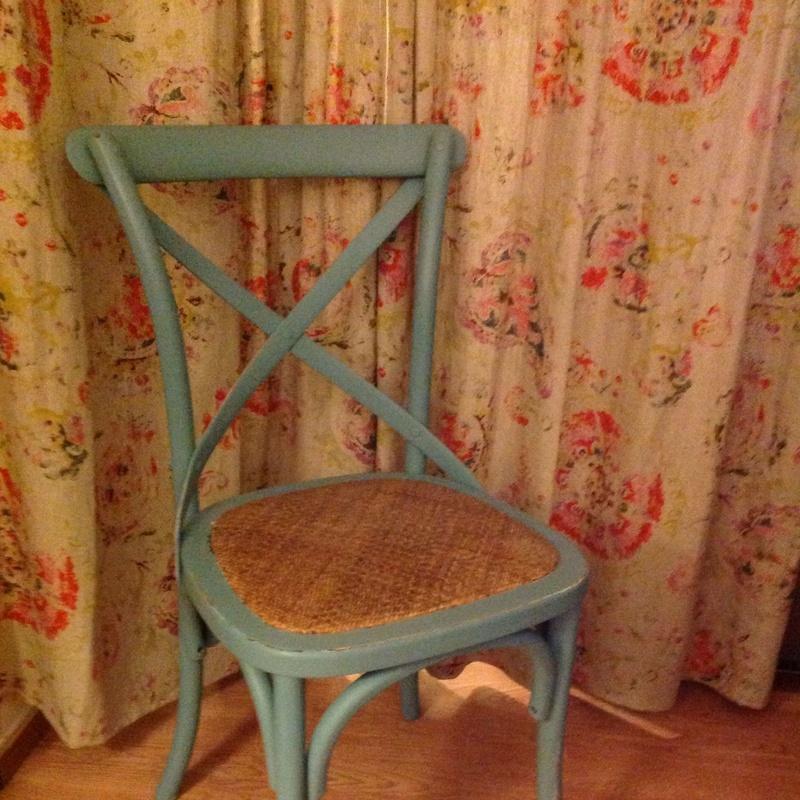 Restauración: Dale color a tus sillas...: Catálogo de Ste Odile Decoración