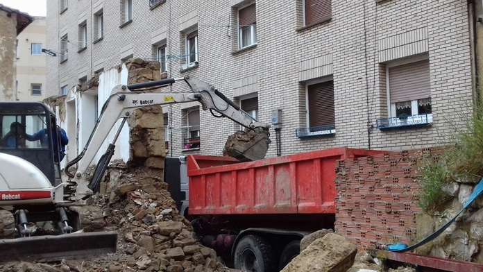 Retirada de Escombros: Servicios de Reciclados y Derribos del Norte Rioja
