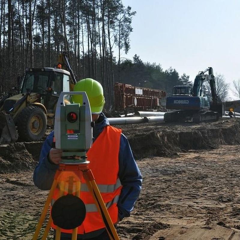 Control, replanteo y seguimiento de obra: Servicios de Área Ingenieros