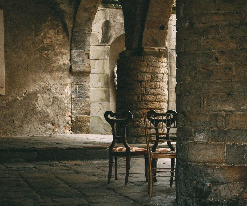 La historia de la silla desde el antiguo Egipto