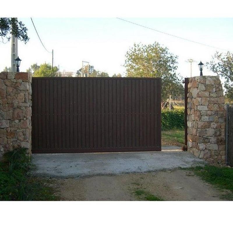 Puertas correderas: Productos y servicios de Automatismos y PVC Santa Eulalia