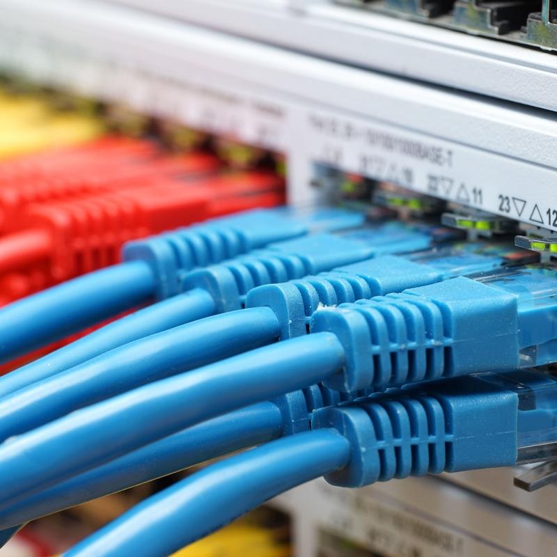 Instalación de redes de datos: Nuestros servicios de Sando' s Electricidad y Telecomunicaciones