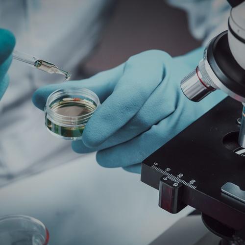 Pruebas analíticas en laboratorios acreditados por ENAC