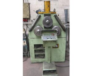 Curvadora CNC