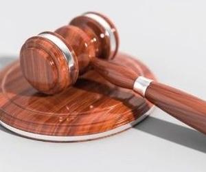 ¿Debo tener contratada una póliza de Defensa Jurídica?