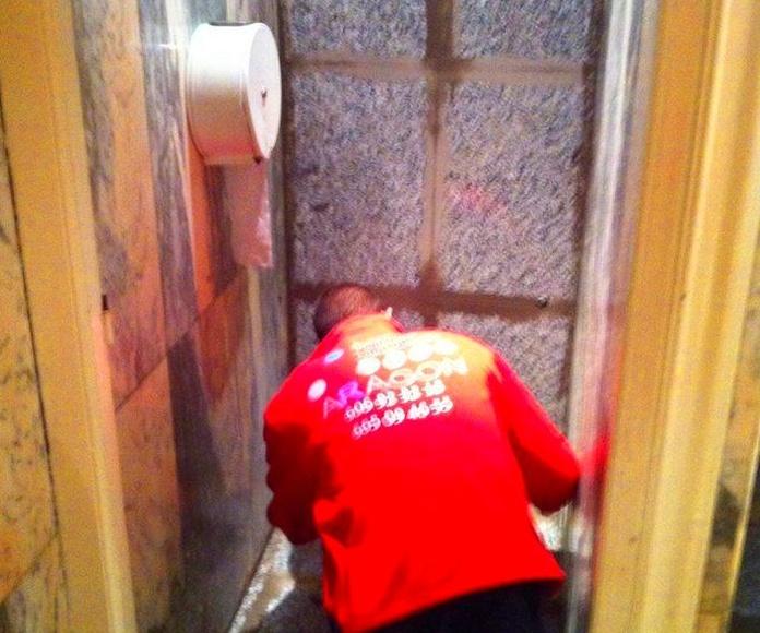 Reformas de baños.: Trabajos realizados de REFORMAS, INSTALACIONES Y CONSTRUCCION ARAGON SLU