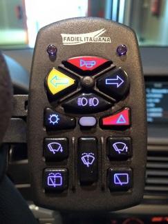 Telecomando 12 funciones. Cabal Automoción Bosch Car Service. Adaptación de vehículos en Asturias