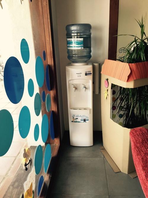 Fuentes de agua fría y caliente, tanto para particulares como para empresas