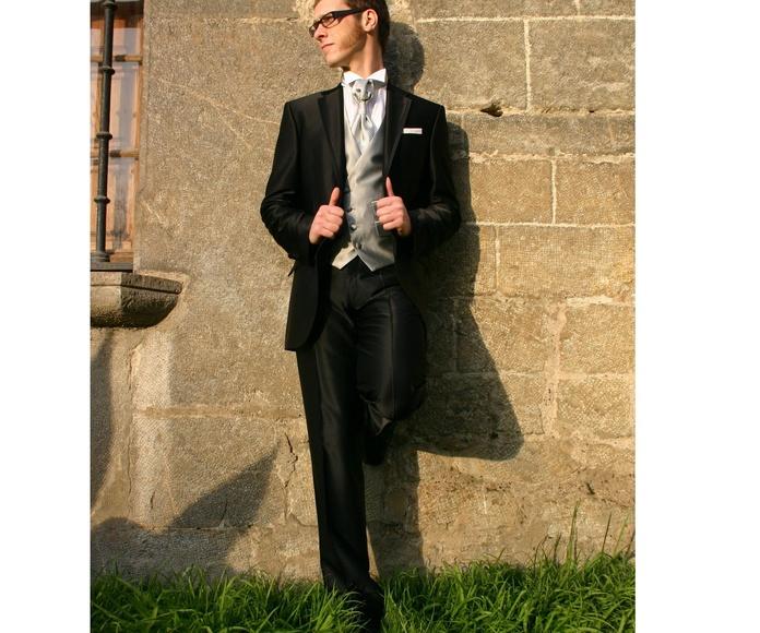 Trajes de novio: Moda hombre de Sastrería Mujika