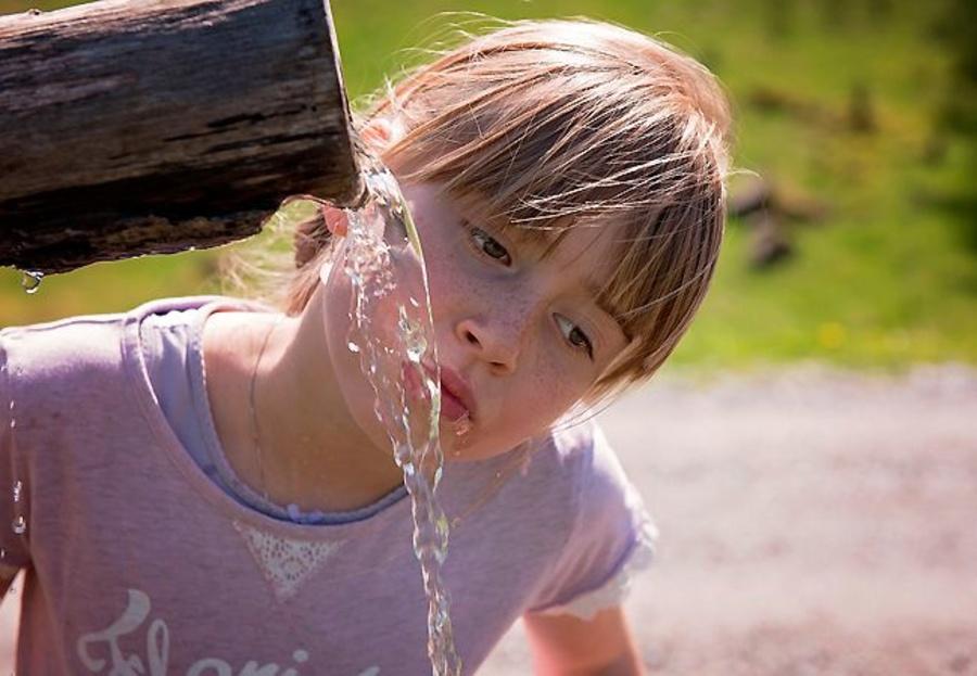¿Cómo y para qué se analiza el agua?