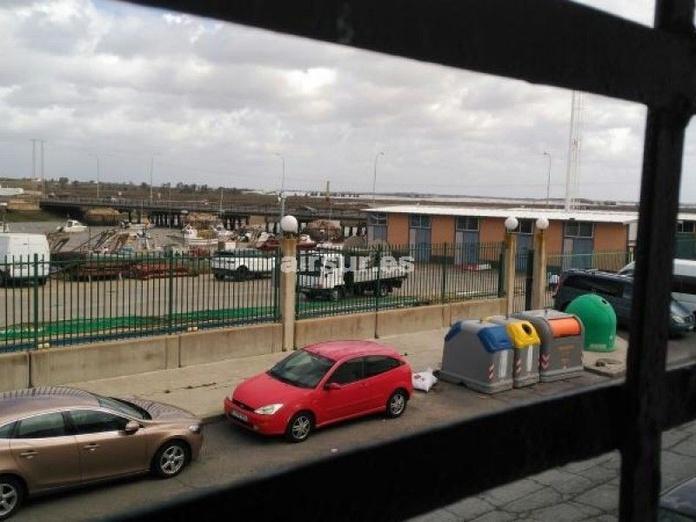 Alquiler de nave en zona Muelle de Isla Cristina: Inmuebles de Airsur