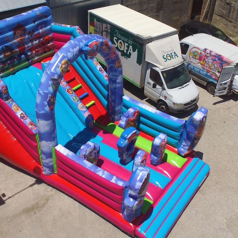 Castillo hinchable tobogan Patrulla arco central : Catálogo de Hinchables Happy Jump