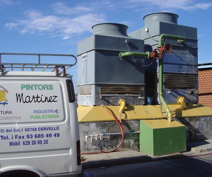 Trabajos de pintura industrial en torres de refrigeración (antes)