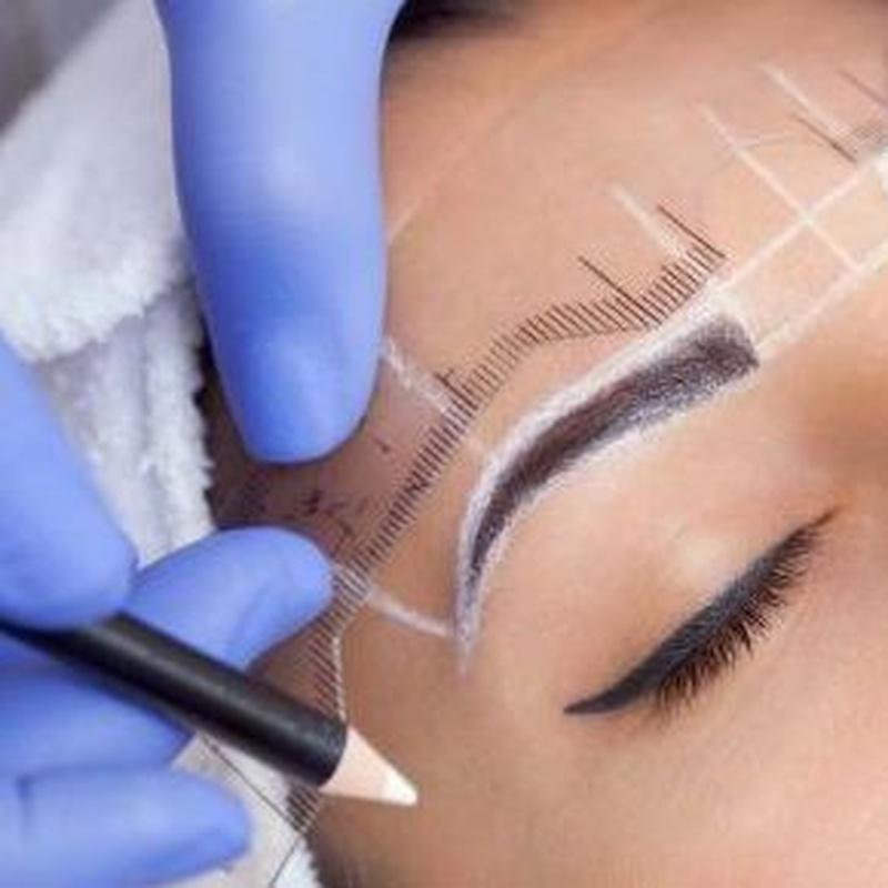 Diseño de cejas y depilación con hilo Martorell