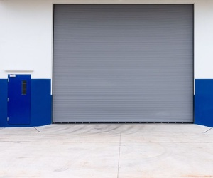 Instalación de puertas metálicas en Valencia