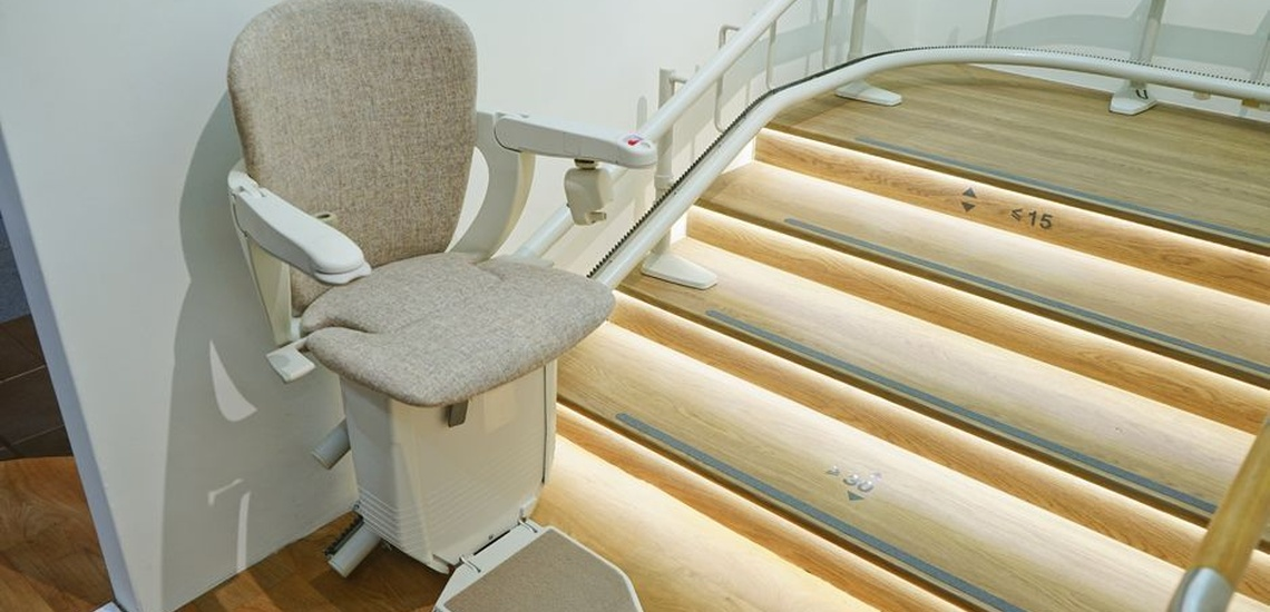 Instalación de silla sube escaleras en Asturias