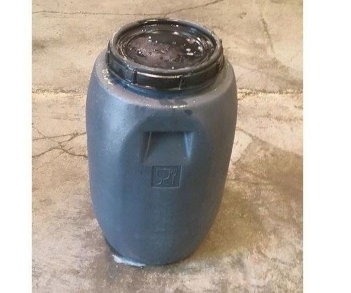 Entrega de recipientes especializados: Servicios de Reciclaceite