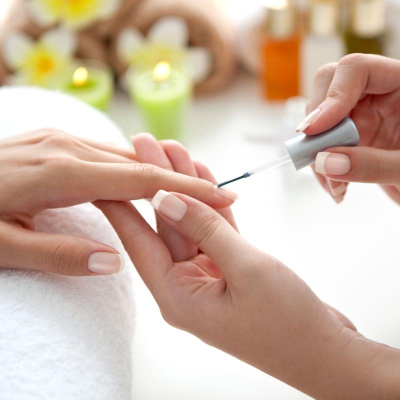 Manos: Servicios y tratamientos de Peluquería y Estética Amaia
