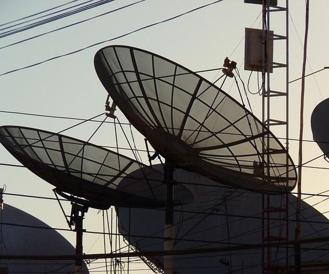 Las antenas parabólicas colectivas
