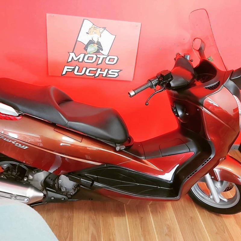 Kymco súper dink 125:  de Moto Fuchs