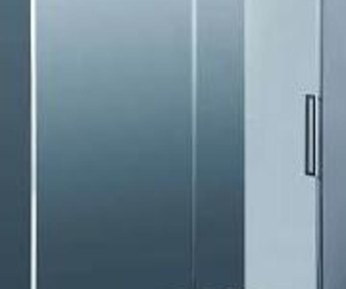 Mamparas de baño: Materiales de construcción de F. Campanero Materiales Construcción, S.L.