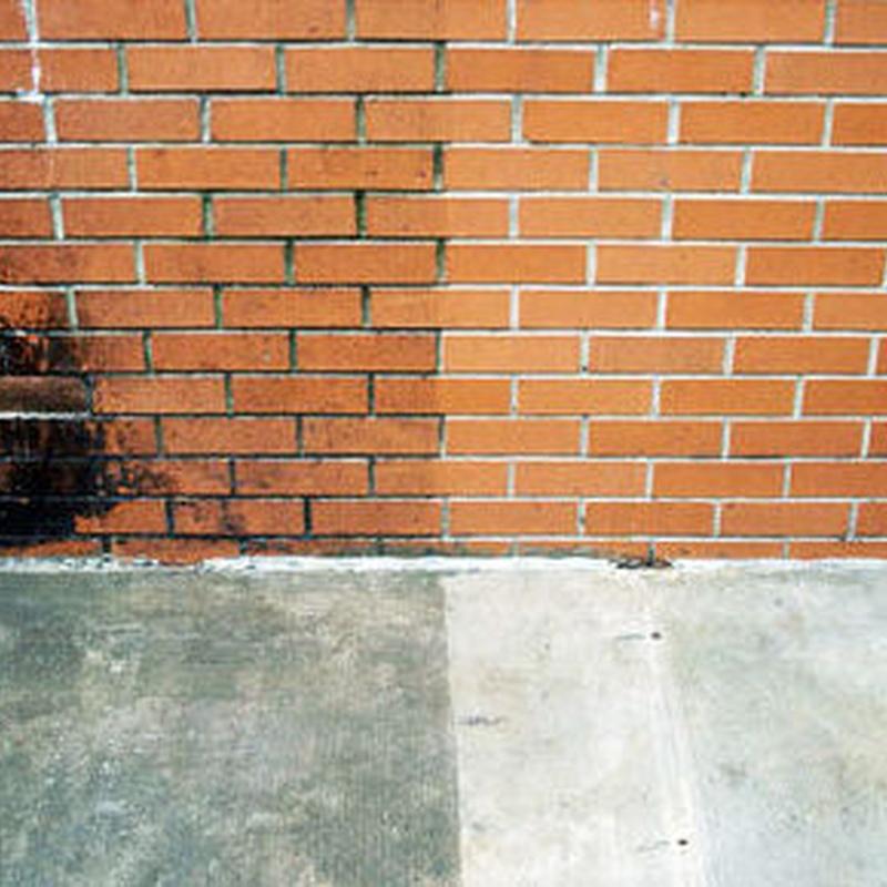 Decapante limpiador de fachadas en tienda de pinturas en pueblo nuevo.