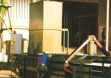 Prensa alfalfa, heno y paja hasta 800kg
