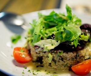 Ensalada de quinoa y algas
